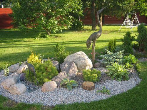 Садовые фигуры украшаем участок